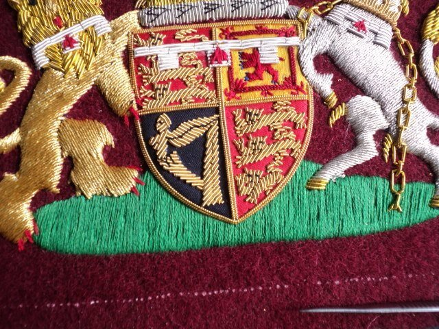 Custom Made Hand embroidered UK British Royal coat of arms Blazer Badges